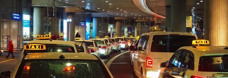 Taxi sa aerodroma